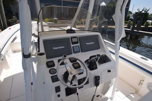 37' Intrepid 370 Open 2009 Helm