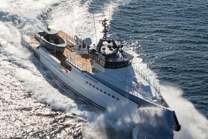181' Shadow Mega Yacht 2017