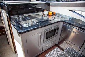 50' Marquis  500 Sport Coupe 2009 Galley