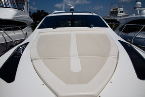 Marquis  500 Sport Coupe-2009-Prive Old Saybrook-Connecticut-United StatesForedeck Sunpad 1170289 thumb