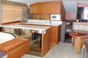 48' Ocean Yachts Ss 1998 Salon Looking At Galley
