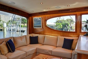 54' Hatteras Convertible 2003 Sofa