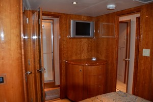 54' Hatteras Convertible 2003 Master Fwd