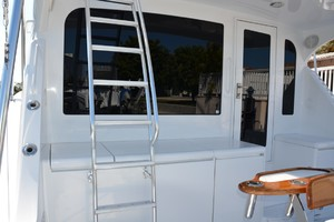 54' Hatteras Convertible 2003 Bridge Ladder