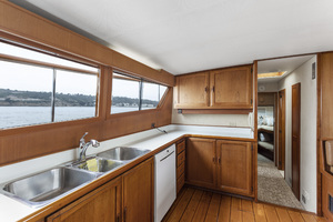 82' Mcqueen Custom 1981 GALLEY