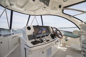 photo of Sea Ray 500 Sedan Bridge - NO DISTRACTIONS