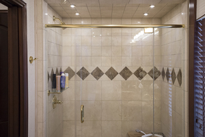 112' Fantasy 112' X 21' 2007 Master shower