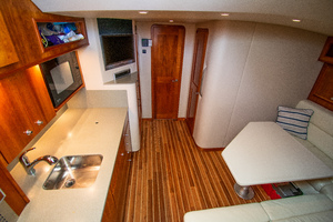 Fish Whisperer is a Albemarle 41 Express Yacht For Sale in Freeport-Fish Whisperer Albemarle 2007 41 Express-1