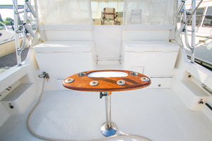 Fish Whisperer is a Albemarle 41 Express Yacht For Sale in Freeport-Fish Whisperer Albemarle 2007 41 Express-12