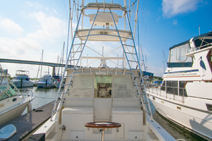 Fish Whisperer is a Albemarle 41 Express Yacht For Sale in Freeport-Fish Whisperer Albemarle 2007 41 Express-27