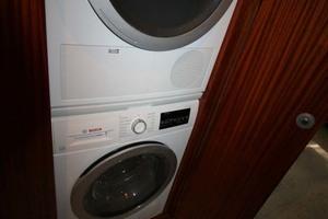62' Titan Convertible 2019 18 Washer   Dryer
