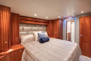 62' Titan Convertible 2019 12 Master Stateroom