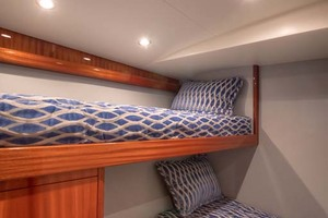 62' Titan Convertible 2019 17 Guest Stateroom