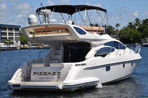 43' Azimut Flybridge Motor Yacht 2007 Aft Profile