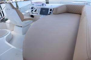 43' Azimut Flybridge Motor Yacht 2007 Flybridge Lounge
