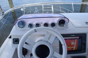 43' Azimut Flybridge Motor Yacht 2007 Flybridge Helm