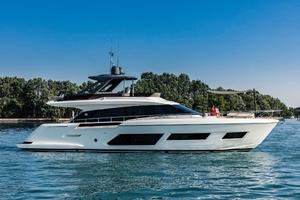 67' Ferretti Yachts 670 2019 Profile