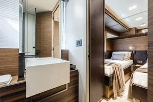 67' Ferretti Yachts 670 2019 GuestHead