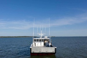 50' Dixon 50 Downeast 2004 Transom