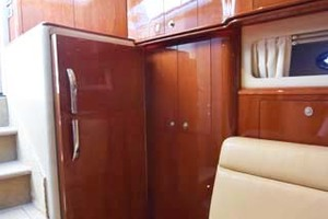 55' Sea Ray Sundancer 2004 Refigerator