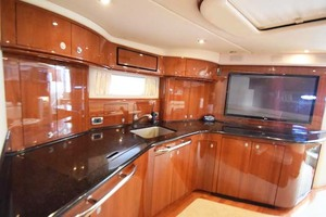 55' Sea Ray Sundancer 2004 Galley