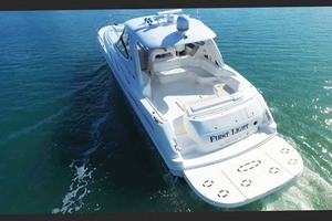55' Sea Ray Sundancer 2004 Stern