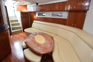 55' Sea Ray Sundancer 2004 Cabin Entry And Salon