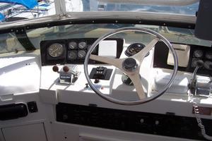 42' Hatteras 42 Cockpit Motor Yacht 1994