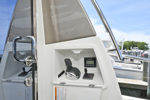 50' Prestige 500 S 2016 Cockpit Docking Station