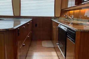 74' Viking Convertible 2005 6 Galley