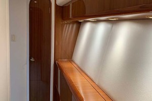 74' Viking Convertible 2005 Hallway to Master Stateroom