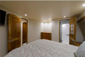 66' Viking Convertible 2014 Master Stateroom