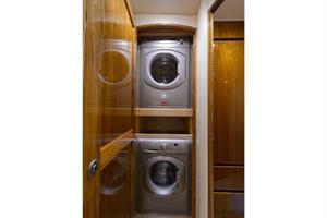 66' Viking Convertible 2014 Washer / Dryer