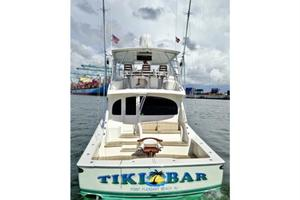 66' Viking Convertible 2014 Stern