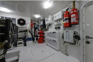 66' Viking Convertible 2014 Engine Room Port Forward