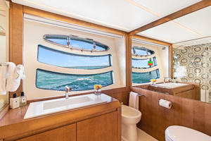 82' Pershing  2015 Master Bathroom