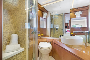 82' Pershing  2015 Guest Bathroom