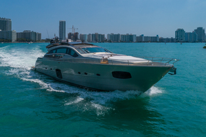 82' Pershing  2015 Profile