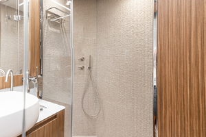108' Pershing  2018 Guest Head Shower