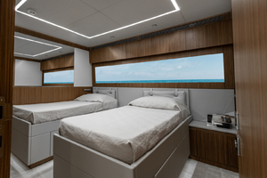 108' Pershing  2018 Guest Cabin