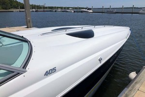 42' Baja 405 Performance 2007 Foredeck Starboard View