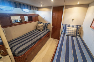 50' Lazzara Skylounge 2001 Starboard Guest Twin Berth Stateroom