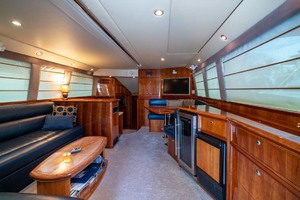 51' Riviera Convertible 2005 3 Main Salon