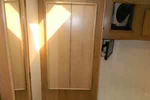 46' Post Sport Fisherman 1994 Hanging Locker