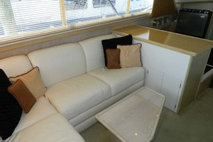 46' Post Sport Fisherman 1994 Salon Settee