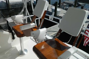 46' Post Sport Fisherman 1994 Helm Chairs