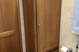 ' Pacific Mariner Pilothouse 2000 Master Head Custom Linen / Cloth Hamper Cabinet