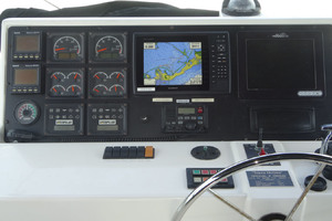65' Pacific Mariner Pilothouse 2000 Upgraded Helm Console with Garmin Chart
