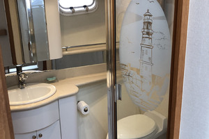 65' Pacific Mariner Pilothouse 2000 Twin Berth Stateroom Ensuite Head