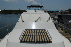 65' Pacific Mariner Pilothouse 2000 Foredeck Sun Pad